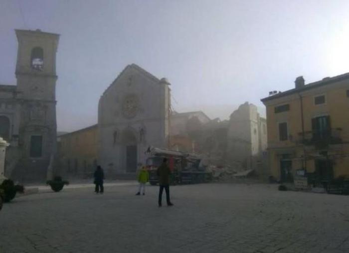 Solidarietà all'Italia Centrale: anche i Carrozze vicini alle popolazioni terremotate.